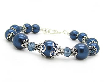 Navy Bridesmaid Bracelet, Midnight Blue Wedding Jewellery, Gift For Bridesmaid, Dark Blue Bridal Bracelet, Pearl Wedding Jewellery,