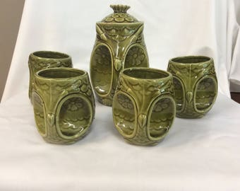 Vintage avocodo green Owl Teapot with 4 cups