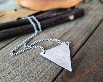 Triangle choker - triangle necklace - geometric necklace - triangle jewelry - silver triangle necklace - silver triangle choker - triangle
