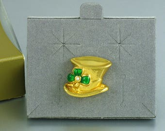 1997 Vintage AVON 'Hats Off to Luck' Tac Pin w Original Box. St Patricks Day Pin. Avon Holiday Jewelry. Vintage Avon Jewelry. Leprechaun Hat