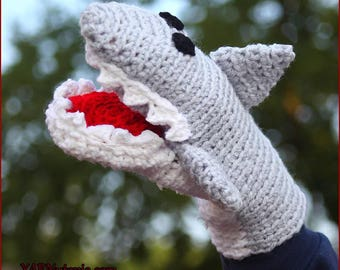DIGITAL DOWNLOAD: PDF Crochet Pattern for the Great White Shark Hand Puppet