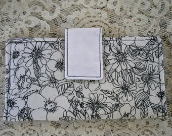 Handmade Fabric Bi-Fold Wallet Card Slots Zipper Compartment White  Fabric with Black Flowers Snap Closure