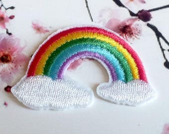 2 iron-on embroidered appliques, Rainbow kawaii - 5.8x3.8cm