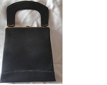 Fabulous 1940s or 1950s Black Leather Handbag - Very Chic! (1494)