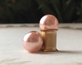 Pearl Wedding Plugs, gauges in Blush Pink  6g, 4g, 2g, 0g, 4mm, 5mm, 6mm, 8mm
