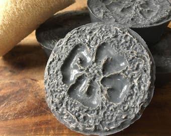 Pink Himalayan Sea Salt Exfoliating Loofah Charcoal Soap Bar Natural