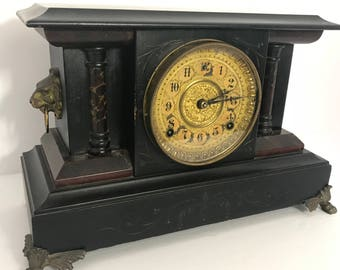 Old World Style Mantle Clock
