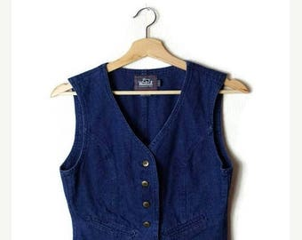 ON SALE Vintage Woolrich Women's Denim Vest from 90's / hippies/bohos*