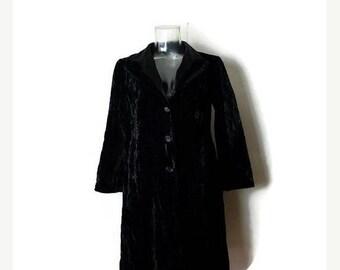 ON SALE Vintage Neiman Marcus Black Velour Slouchy Light Jacket from 1980's/Minimalist/XS*