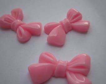 2 resin bows to paste pink 15x24mm