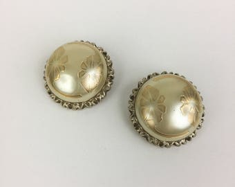 Vintage Pearl and Gold Floral Clip-On Earrings Costume Jewelry 80s 90s