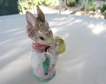 Beatrix Potter Mrs. Rabbit Marketing 1951 F. Warne Vintage Peter Rabbit Figurine