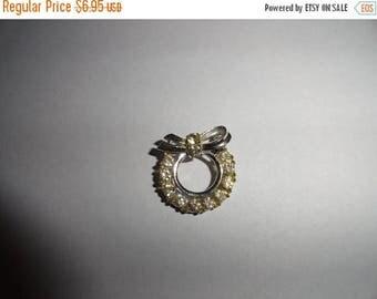 50% OFF Vintage Rhinestone brooch 1 inch length Hollywood Ca estate