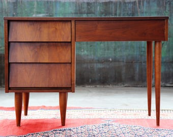 60's 70's Mid Century Modern Sleek Danish Desk 4 Four drawers