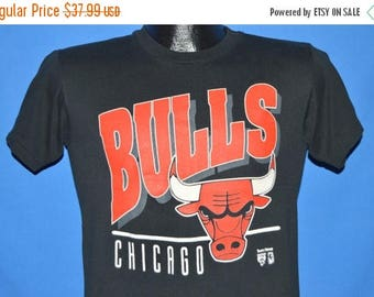ON SALE 90s Chicago Bulls t-shirt Youth Large
