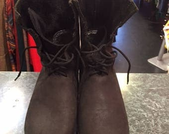Black Clogs Boots
