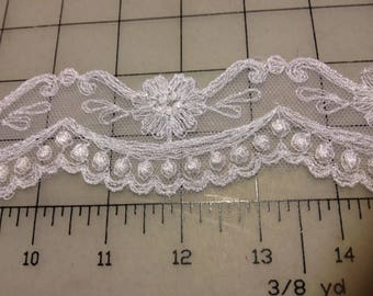 White Schiffli Embroidered Lace with Scalloped Edge by the yard  Item #1334