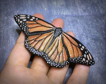 Hand tooled leather monarch butterfly brooch - Original gift for her - Artisan assessories