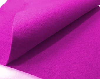 2 Pink Felt Sheets (552)