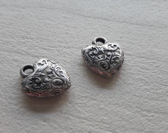 5 Silver decorated heart pendant