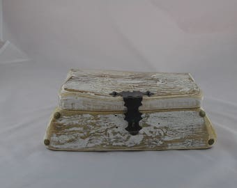 Wooden box for jewelery and others