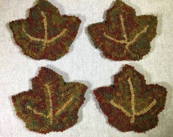 "Rug Hooking Pattern , 4 Maple Leaf Mug Rugs 6"" x 5.5"", P153"
