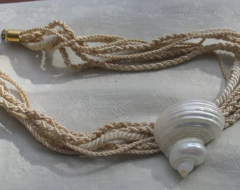 Retro White Seashell Multi Strand Rope Necklace