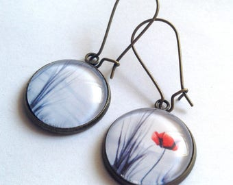 Hanging asymmetric earrings, poppy, black and white landscape, glass, bronze cabochon