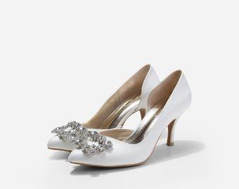 Cynthia Jadore Ivory Wedding Heels, Crystal Brooch Bridal Heels, Glitter Pumps, Pointy D'orsay Ivory Glitter Heels