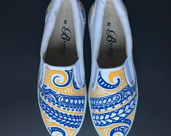 Hand Painted Canvas Shoes size US 11 / EU 42 White Blue Yellow Gold Waves Tropical Motif