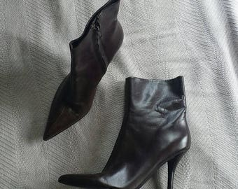 25% off SALE Nine west dark brown leather pointy toe ankle boots 7 m