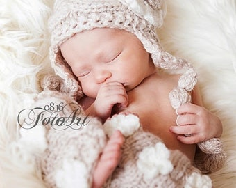 ON SALE 35% SALE Newborn Baby Girl Outfit - Knit Baby Girl Hat and Leg Warmers -Photography Photo Prop Girl Hat  -Newborn Leg Warmers and Ha