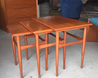 Mid Century Danish Modern Hans Wegner Teak Nesting Stacking Side End Tables
