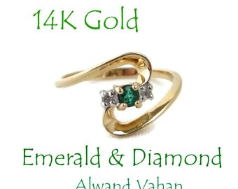 Vintage Emerald  Ring - 14K Gold Emerald, Diamond Ring, Promise Ring, Size 6.5, Perfect Gift, Gift Box