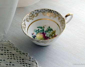 Vintage Fine Bone China New Town Made in England 22 KT Gold Fruits Design Single Teacup Retro English Chinaware Vintage Afternoon Teatime