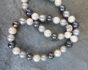 14 KT White Gold Multi-Color Freshwater Pearl Necklace Black White Gray 10~11 MM 18""