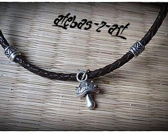 Braided leather - mushroom necklace