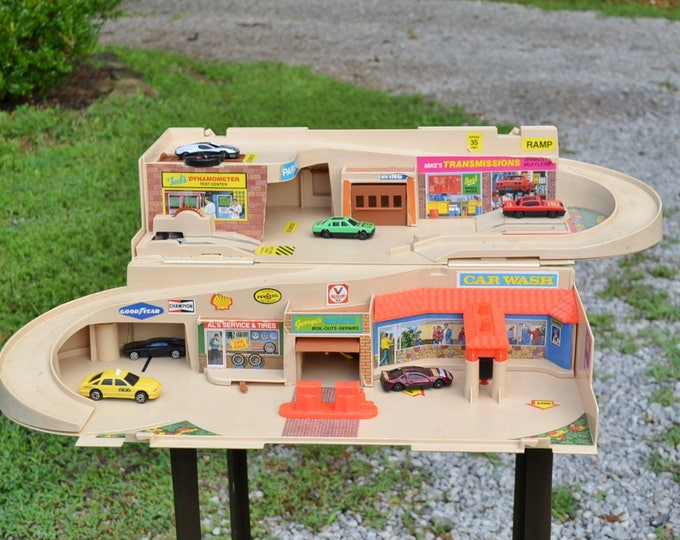Vintage Toy Hot Wheels Service Center and Garage Sto N Go Mattel Plastic Cars Retro Photo Prop Display PanchosPorch