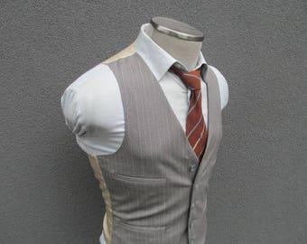 1980s Pencil stripe Gray Vest / Waistcoat / Men's Suit Vest / Size 36 Small Sm / Petit