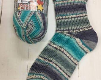 Passionate Hug 9517  - Colors in Love 4 ply Sock Yarn by Opal - sock wool - sokenwolle