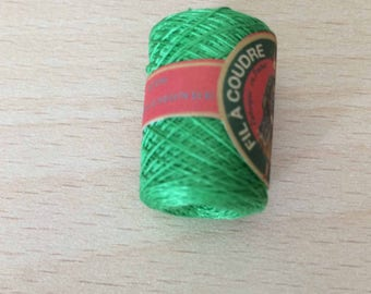 cocoon of Calais lace 6874 grass