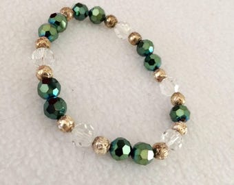 Vintage Green & Clear Glass Bead with Gold Tone Accents Bracelet  Stretchable