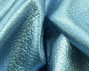 """Casino Ice Blue Metallic """"Vegas"""" Leather Cow Hide 4"""" x 6"""" Pre-cut 3-4 ounces DE-60367 (Sec. 8,Shelf 6,C,Box 2)"""