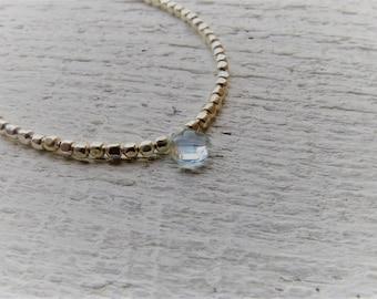 Aquamarine and fine silver bracelet. Minimalist fine silver and aquamarine bracelet. March birthstone.