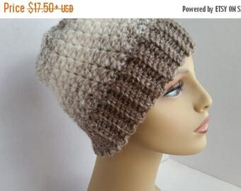 ON SALE Messy Bun Hat - Crocheted Ponytail Hat - Messy Bun Beanie, Runner's Hat, Crochet Hat, Crochet Beanie