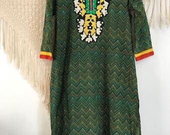 Vintage embroidered bohemian dress, indian dress, boho dress, festival dress, hippie dress, hipster dress, vintage hippie dress, XL dress,