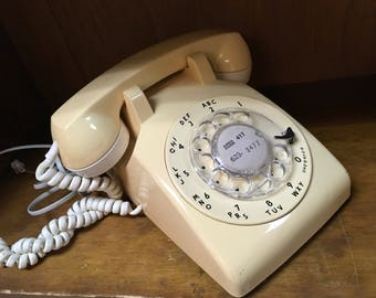 Vintage 1970s Bell System Rotary Telephone made by Western Electric