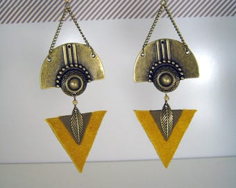 Mustard and khaki leather and bronze ethnic earrings