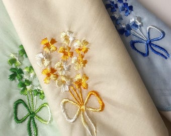 SALE Hankies Collection of 3 60s Floral  Vintage