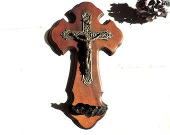 French Vintage Holy Water Font/ French Vintage Benitier/Vintage French Holy Water Font With Crucifix/Vintage Font/Vintage Stoup